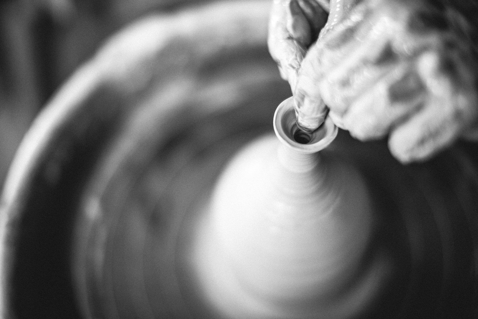 cours de poterie tournage Xavier Brasleret atelier Landes France